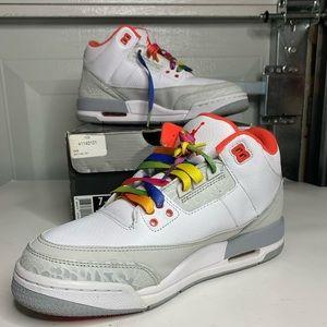 Air Jordan 3 white Crimson size 7y